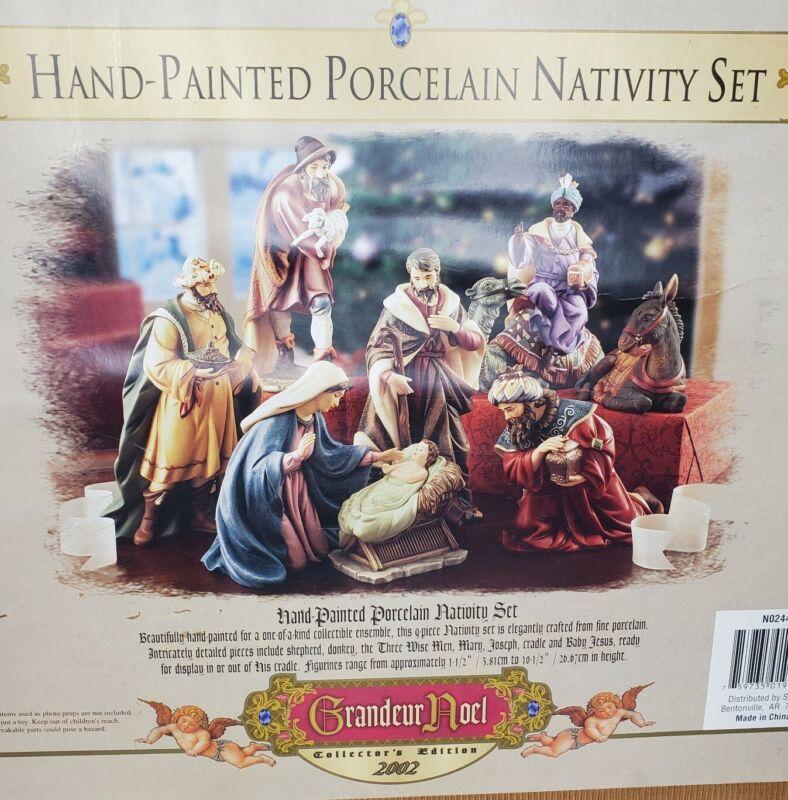 Grandeur Noel Porcelain Nativity Set 2002 Collectors Edition 9 Piece Box