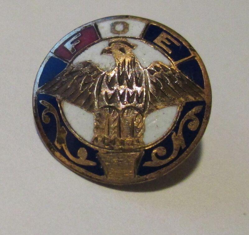 Vtg Fraternal Order of Eagles  F.O.E. Screw Back Enamel Etched Pinback Lapel Pin