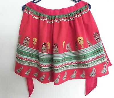 Vintage Aprons, Retro Aprons, Old Fashioned Aprons & Patterns Vintage 1940s Red & Green  Half Apron Gathered