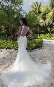 (BRAND NEW) Galina Signature Ivory Wedding Dress