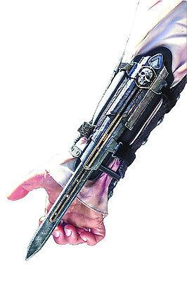Assassin's Creed Hidden Blade Gauntlet & Skull Buckle