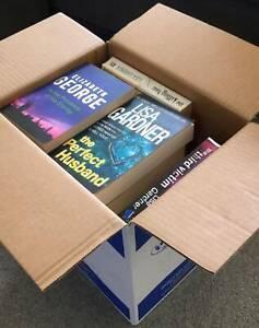 Bulk lot of thriller books, John Connolly, Lisa Gardner