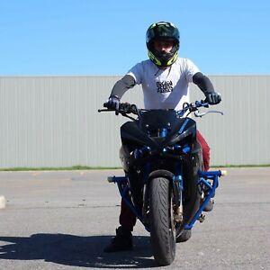 Kawasaki 636 montée stunt