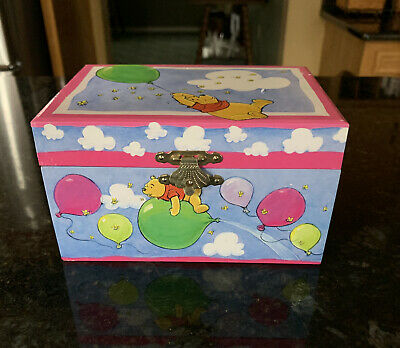 Winnie The Pooh Wind Up Jewelry Box Music Kreisler Vintage Up Up And Away