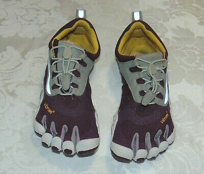 bc32a2bc2e6 Vibram Five Fingers Road Running Shoes for Women, Purple/Grey Sz 7