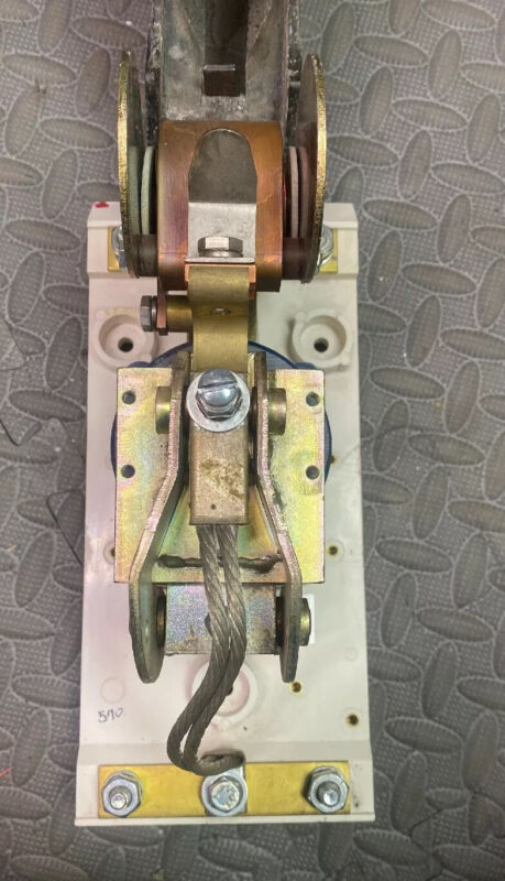 Hubbell Size 3 Contactor Type 5210 100 Amp 108vdc Coil.