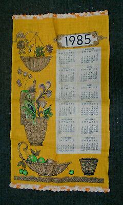 #KK2.   1985  CALENAR  SOUVENIR  TEA TOWEL