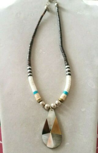 VINTAGE MIXED PUKA SHELL/TURQUOISE w/ MULTI COLOR MOP/SHELL PENDANT NECKLACE