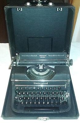 Vtg Underwood Universal Portable Manual Typewriter 1940s w/Case