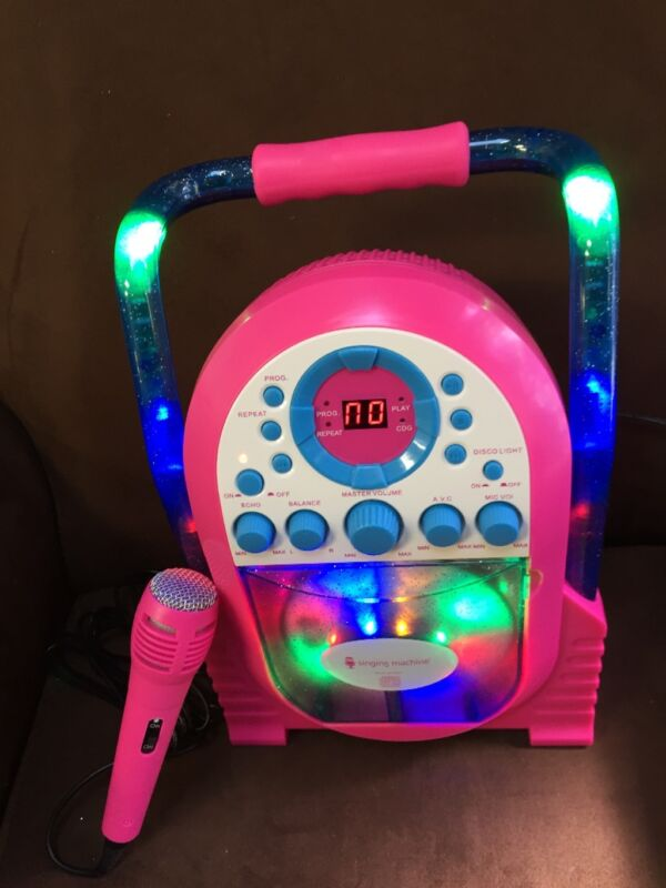 "KAREOKE ""LED LIGHT SHOW"" MACHINE SINGING PLAYS CD"