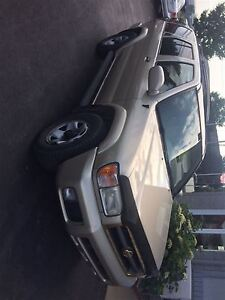 2000 Nissan Pathfinder LE FINANCEMENT MAISON DISPONIBLE