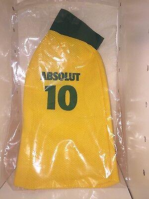 Absolut Canarinha second skin (Brazil, 2010)