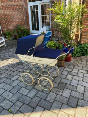 Vintage 1978 Silver Cross navy blue/white pram baby carriage