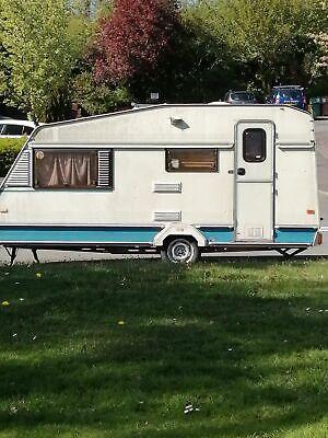Crown vintage 4 Berth Caravan