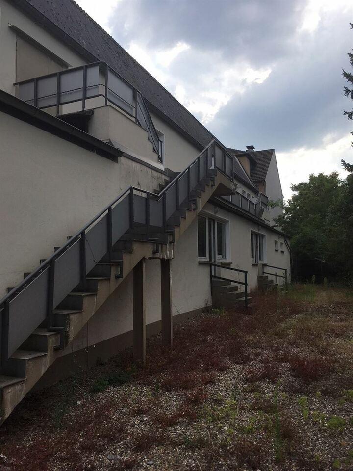 Hallen-/ Lagerflächen mit Büro und Sozialräumen! Ganz nach Ihren Vorstellungen gestaltbar! DU-Walsum in Duisburg