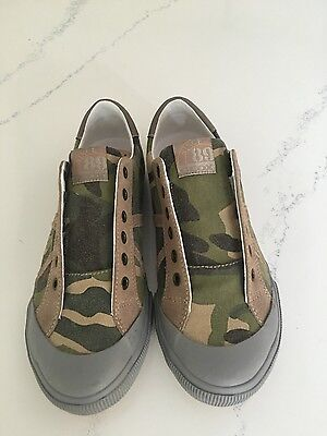 Geox Boys J Military Athletic Breathable Sneaker Shoe Size US 5 EURO 37 - Boys Military