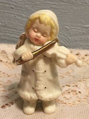 1 Grandeur Noel Angel Figurine Playing The Violin