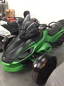 2012 can-am Spyder  RS-S