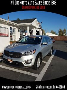 2017 Kia Sorento ALL WHEEL DRIVE, LARGE INTERIOR