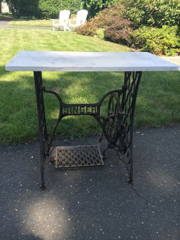Antique SINGER Cast Iron Treadle Sewing Machine Table Base - Vintage Industrial