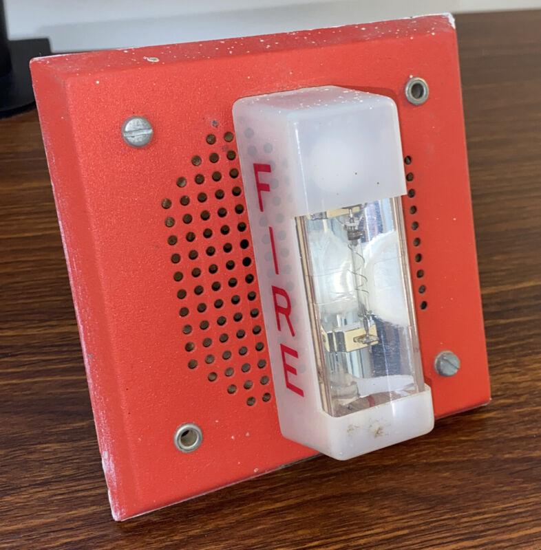 Wheelock ET-1070-WM-24 Speaker Strobe Fire Alarm (Red)