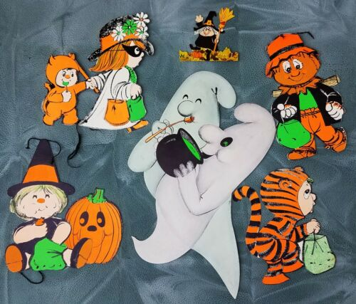 LOT Vintage HALLOWEEN Witch Ghost Scarecrow Decoration -Diecut- Wall decor