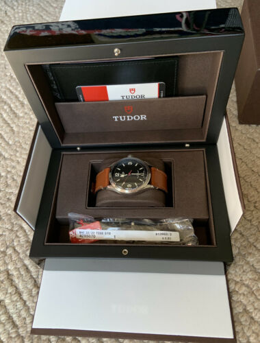 Tudor Heritage Ranger Automatic 41 mm Men's Watch 79910 Used - watch picture 1