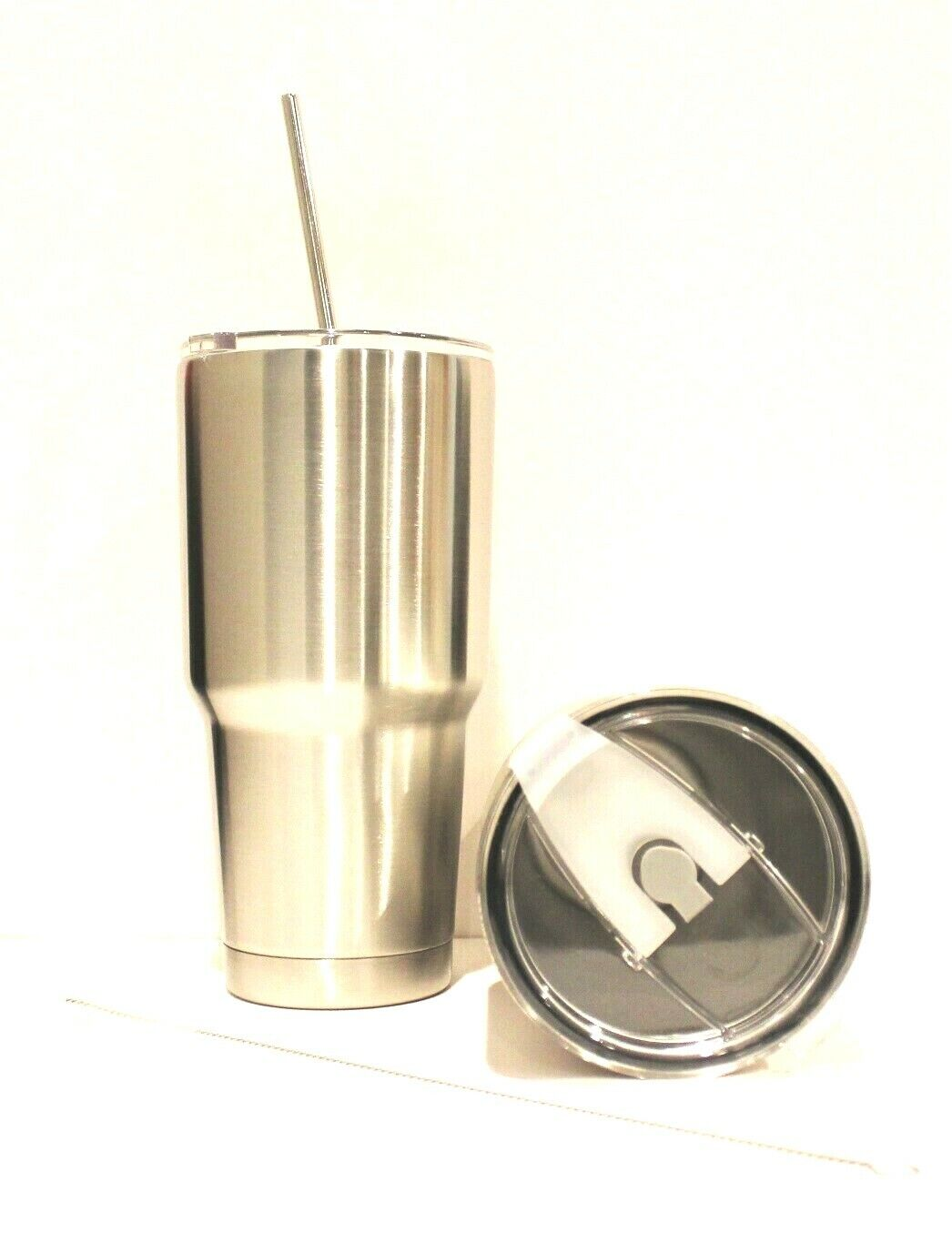 new set of 2 30oz insulated tumblers