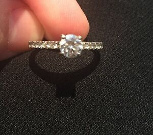 18K WHITE GOLD ENGAGEMENT RING -- Best Price--  Cambridge Kitchener Area image 9