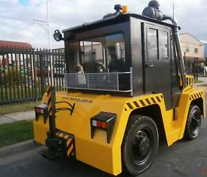 TOW TRACTOR - BLISS FOX F1-80 Minchinbury Blacktown Area Preview