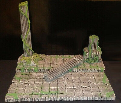 ACTION FIGURE DISPLAY DIORAMA - Mossy Temple Ruins - MADE TO FIT IKEA DETOLF
