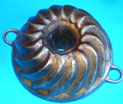 Rarität Antik Kuchenform Gugelhupf Backform alte Zeit Vintage aus Aluminiumguss