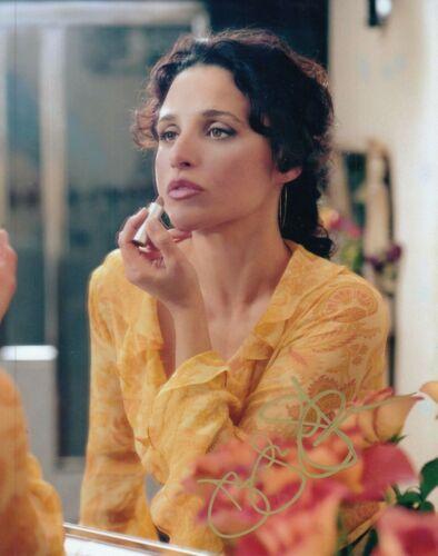 """JULIA LOUIS-DREYFUS signed (SEINFELD) 8X10 photo """"Elaine Benes"""" auto W/COA #7"""