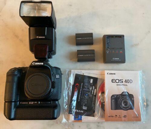 Canon 40D w/ battery grip and 550EX Speedlite