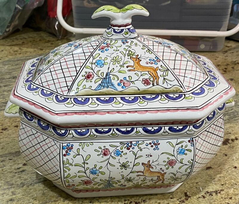 Fine Estate Soupiere Tureen From Portugal.Hand painted BEAUTIFUL L@@K!!!!!!