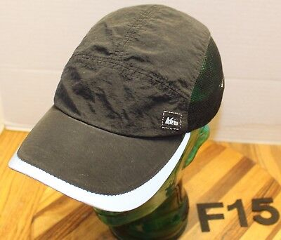 REI LIGHTWEIGHT ATHLETIC HIKING HAT BLACK 5 PANEL MESH SIDES ADJUSTABLE VGC F15