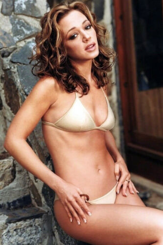 Hot Actress Leah Remini Hot Bikini Cleavage 4x6 photograph SOO SEXY!
