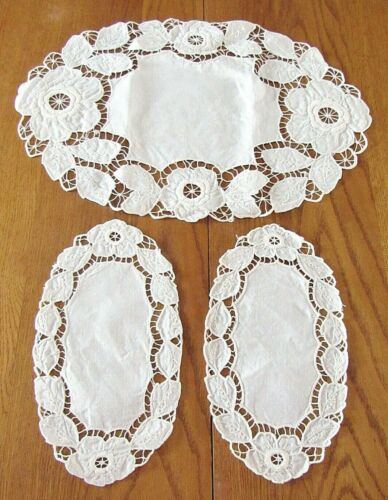 3 pc Lot White on White Embroidered Cutwork Table Doilies,Excl Condition