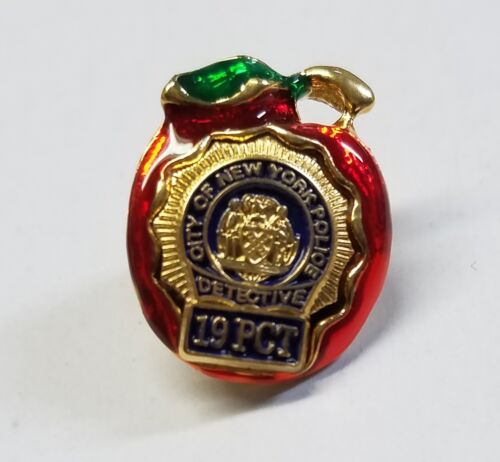 New York City Red Apple - Police Detective 19th Precinct (19 PCT) Lapel Pin
