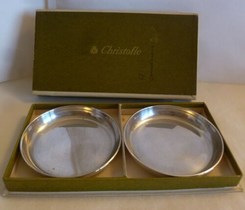 PAIR OF CHRISTOFLE FRANCE SILVERPLATED SMALL DISHES /  ASHTRAYS - 7.2 cm.