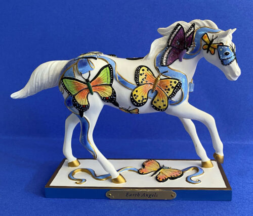 EARTH ANGELS 3E/7295 with box and tag  Trail of Painted Ponies