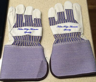 (Stauffer Gove & Safety Leather Palm Gloves 4 1/2