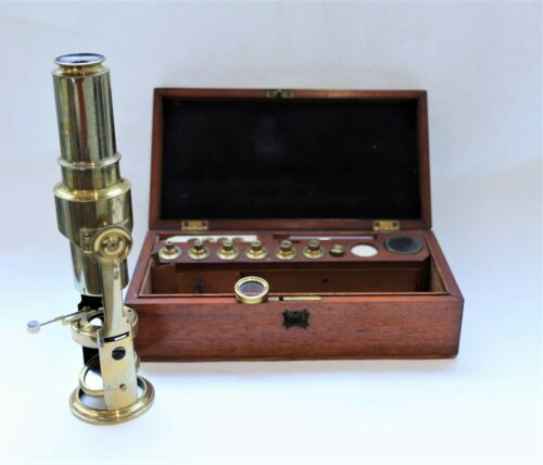 A Drum Microscope in brass and case By Henry Macrae, Circa 1840