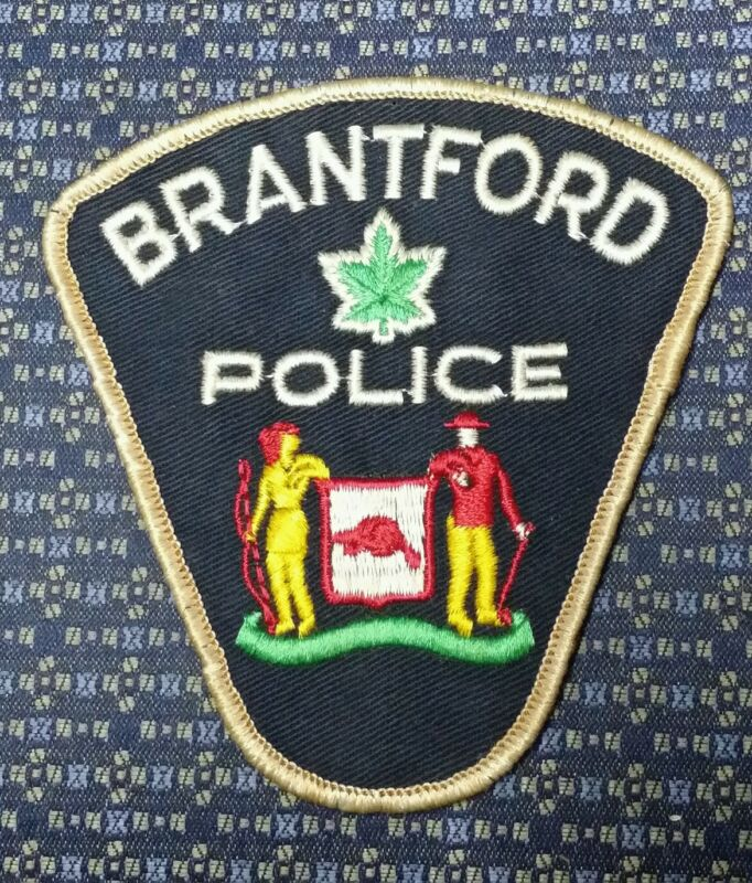 VINTAGE BRANTFORD, CANADA POLICE SHOULDER PATCH