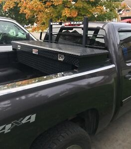 Back Rack with Tool Box 500obo