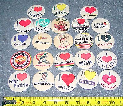 VINTAGE LOT OF ASSORTED MINNESOTA PINBACK BUTTONS PINS  **LOOK**
