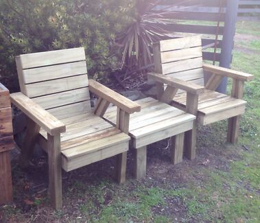 Rustic outdoor set