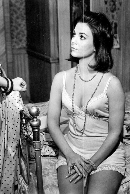 Natalie Wood Sitting On The Bed With Sleeping Clothes 8x10 Photo Print