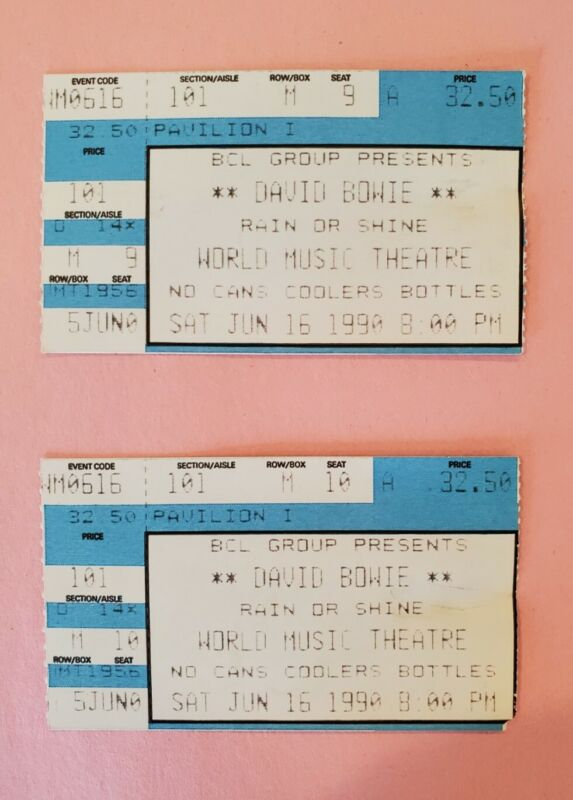 David Bowie Concert 2 Ticket Stubs and Concert Program 1990 Chicago, Illinois