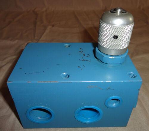 PARKER PR6701-2-3/4S2 HYDRAULIC PRESSURE REDUCING CONTROL VALVE PR6701 NEW